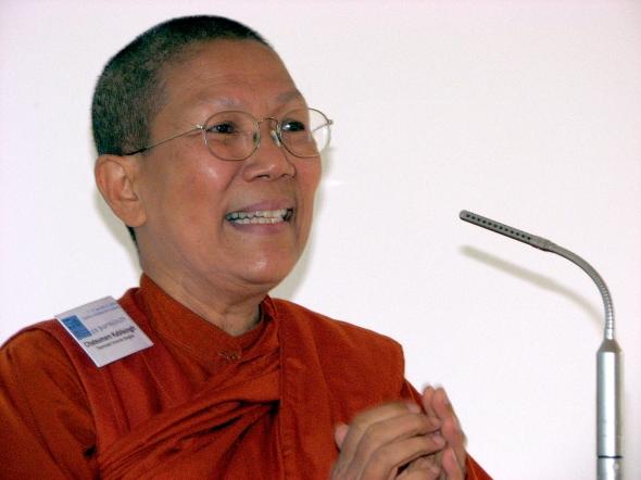 Dhammananda mniszka Theravada buddyzm
